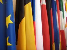 Eurobarometro: italiani temono immigrazione, ottimisti verso crisi