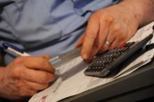 Consumatori: plenaria PE, ok a direttiva per trasparenza assicurazioni