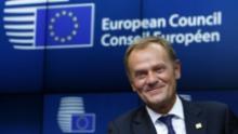 Donald TUSK, réélu à la présidence du Conseil européen.