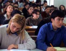 'Pacchetto scuola', contributi pronti per 26.700 studenti toscani